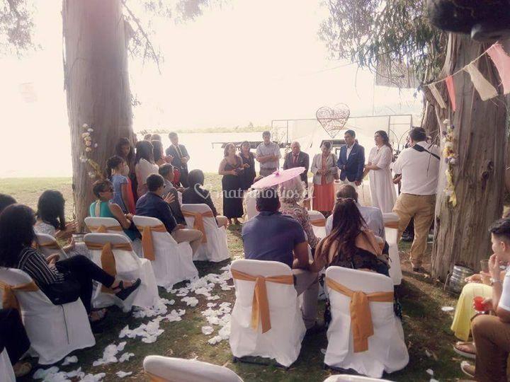 Matrimonio lago rapel