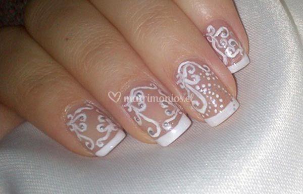 Diseño romantico uñas