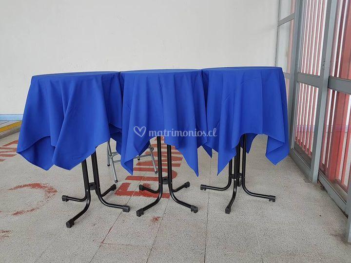 Manteles y mesas altas