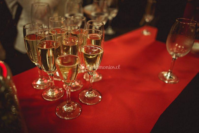 Vinos, licores y espumantes