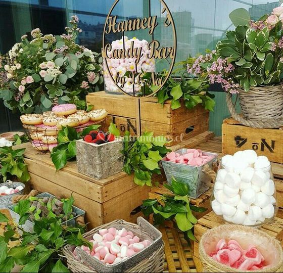 Berries Candy Bar
