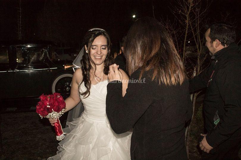 Asistiendo a novia
