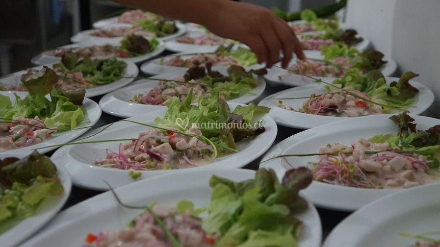 Ceviches y ensaladas