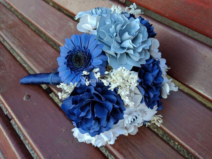 Ramo mixto - tonos azul y gris