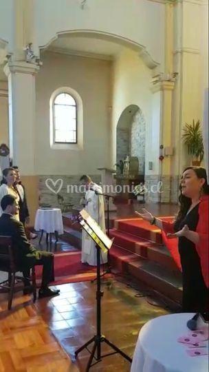 Cantando repertorio escogido