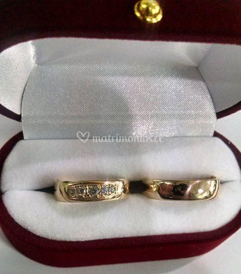 99ceaa1ef441 Venta de Joyas de Oro Anillos de compromiso Anillos de compromiso Argollas  de matrimonio anchas