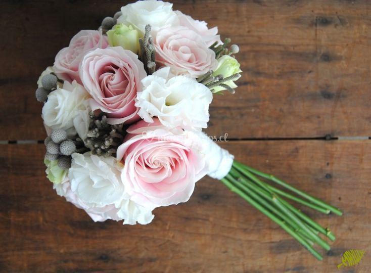 Ramo de novia rosas gerberas