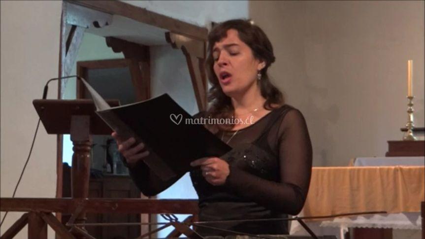 Paula Lira