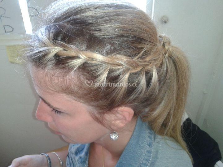 Peinado cola