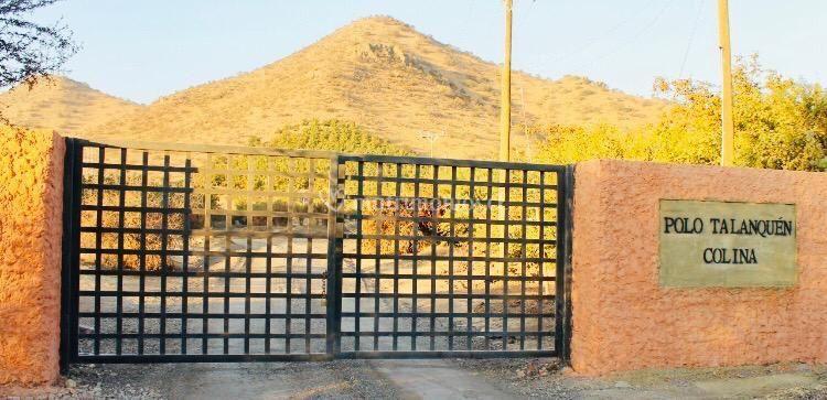 Portón cerrado