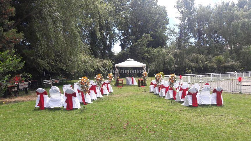 Ceremonia en áreas verdes