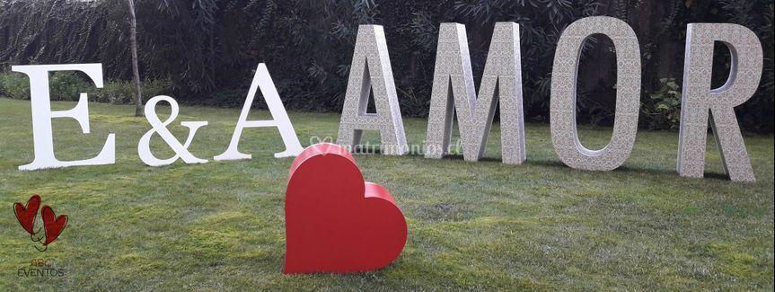 Matrimonio 2D novios amor 3D