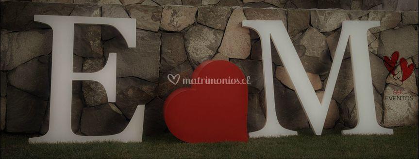 Letras novios 2D corazón 3D