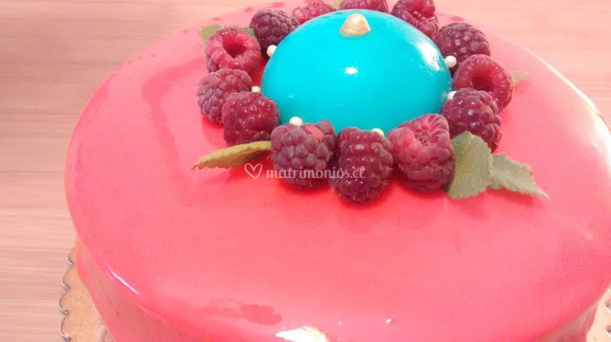 Torta yogurt, glaseado espejo