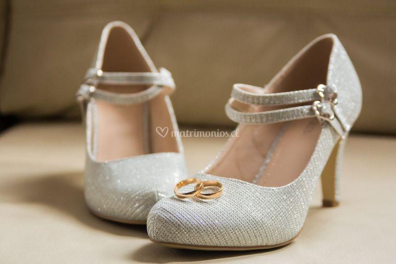 Zapatos y anillos