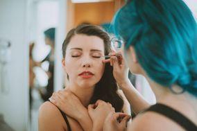 Connie Zchmidt Makeup&Hair
