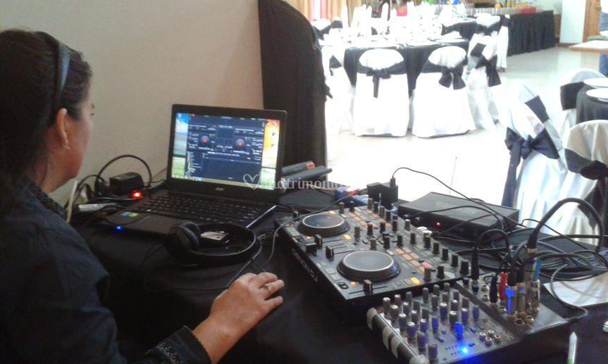 Amplificación DJ