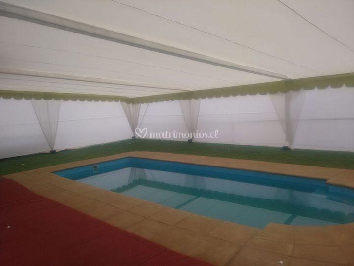 Encarpado piscina