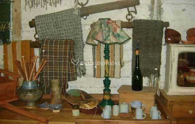Cerámicas y pieceras de lana