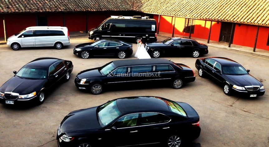 2016  sedans y limousines de Lujo Leasing Inc.