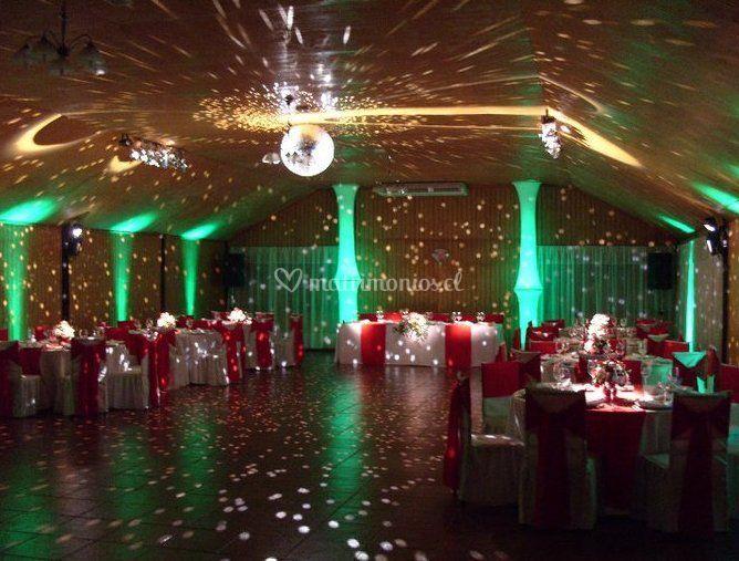 Sal n de baile de odisea centro de eventos fotos for Act ii salon salem nh