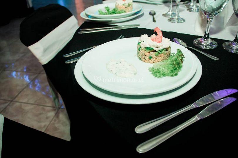 Timbal de quinoa en la mesa