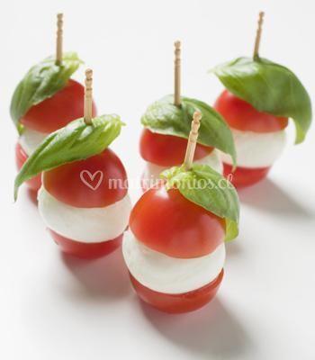 Brochetas de tomates cherry