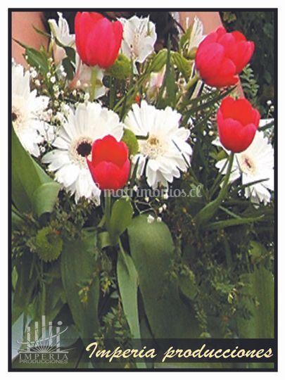 Arreglo floral de mesa nupcial