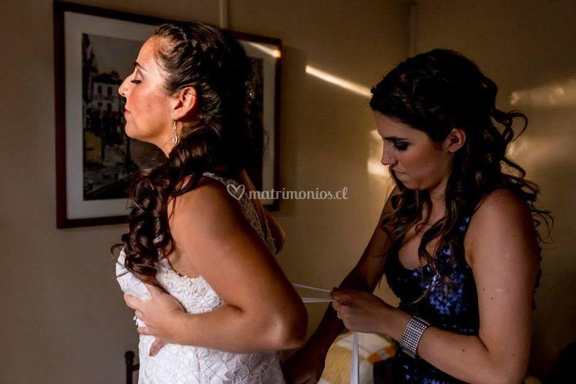 Look novia y su amiga listas
