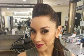 Naya Maquillaje