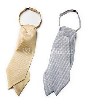 Corbatas delicadas
