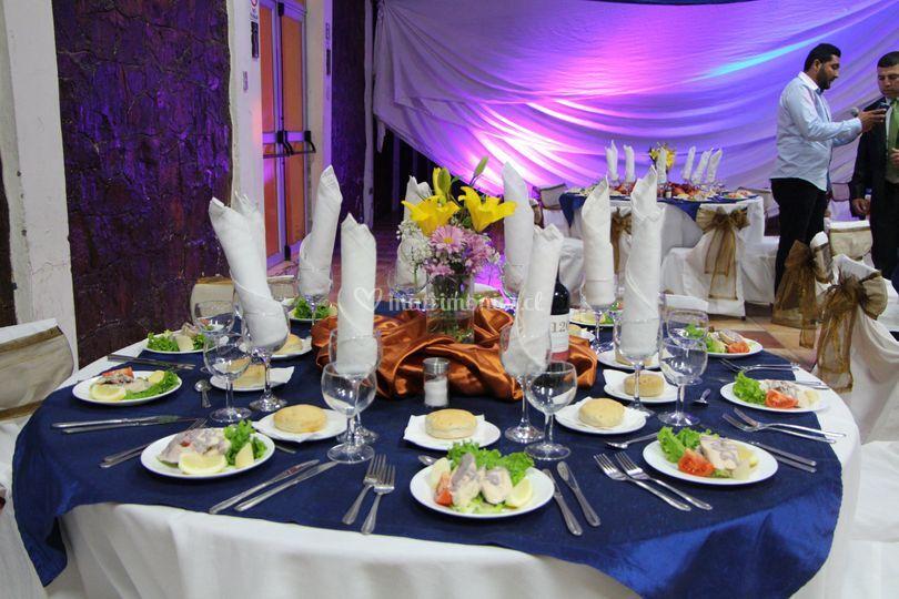 Iluminación para las mesas