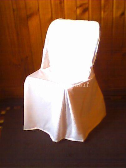 Cubre sillas blancas