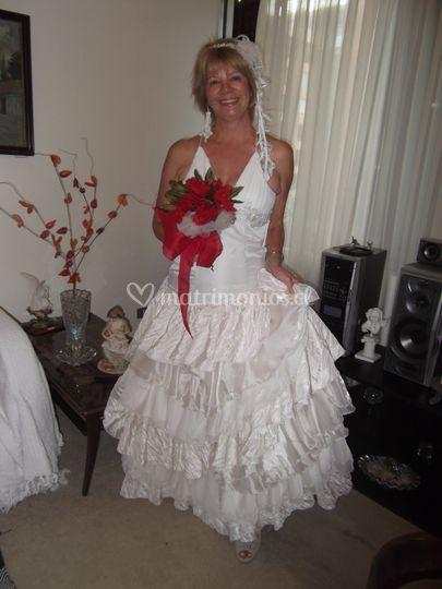 Juvenil vestido en tafetas