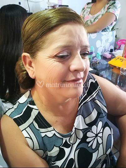 La bella madre del novio