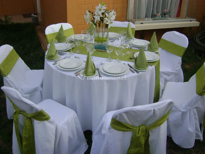 Jara mayne mesas for Mesas plegables para eventos