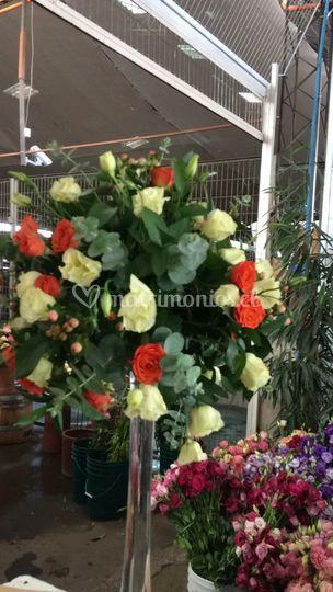 Arreglo floral mesa invitados