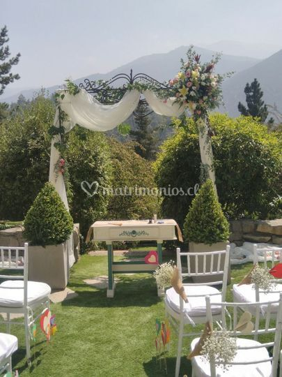Arcos florales al aire libre
