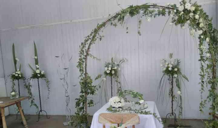 Arco floral celestial