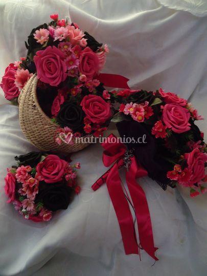 Rosas fucsias y negras