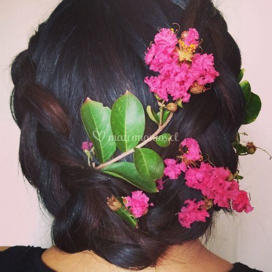 Recogido con flores de Maquillaje Pelo Foto 34