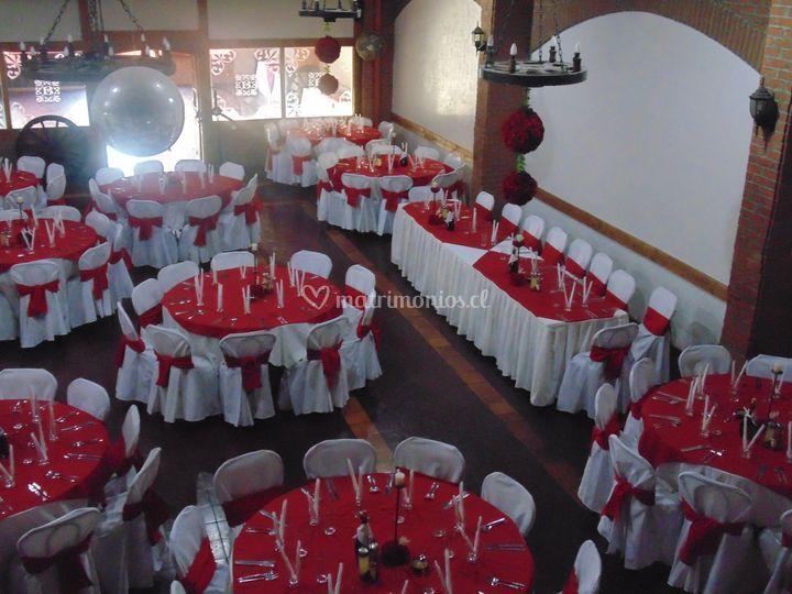 Salón rojo italiano
