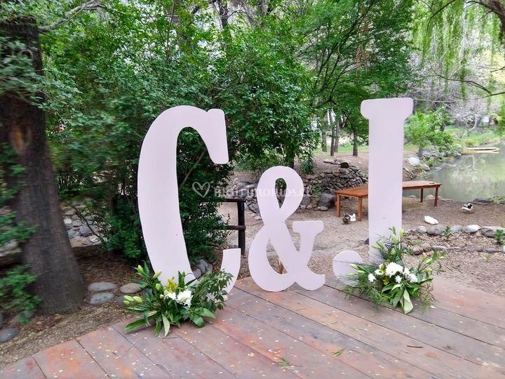 Letras con iniciales novios