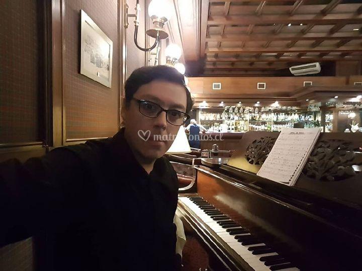 Harry's Bar del Hotel O'higgin
