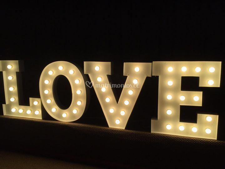 Iluminación de letras