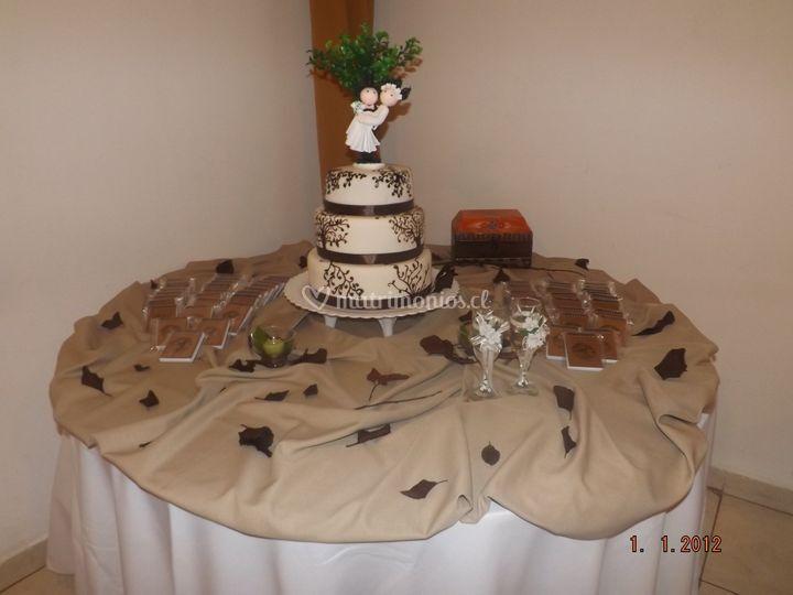 Mesa para la torta