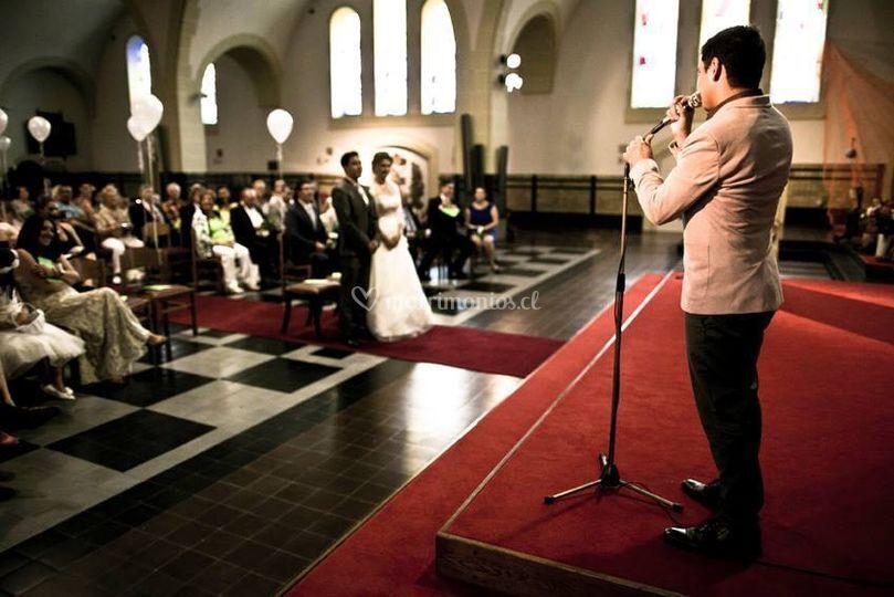 Cantante Emmanuel Guzman