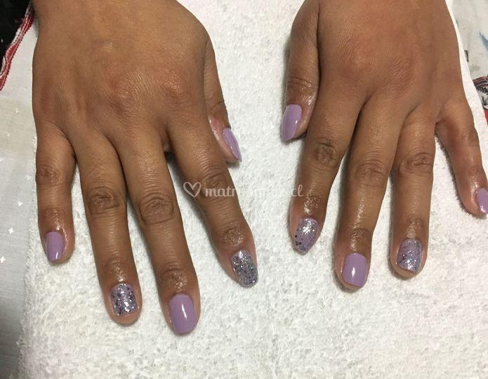 Manicure + esmaltado