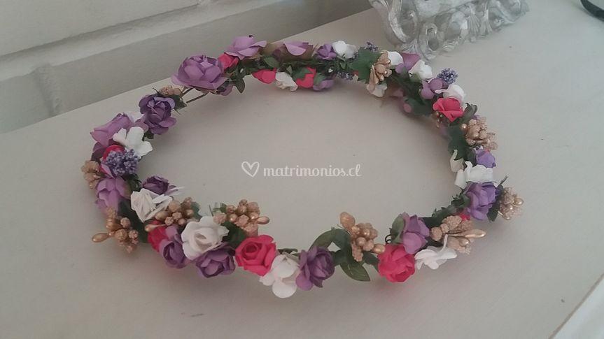 Corona tonos lilas/rosas