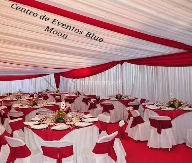 Amplio y elegante salón de Centro de Eventos Blue Moon